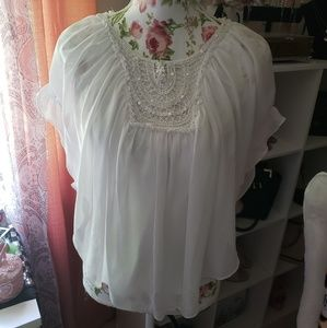 White butterfly top XL
